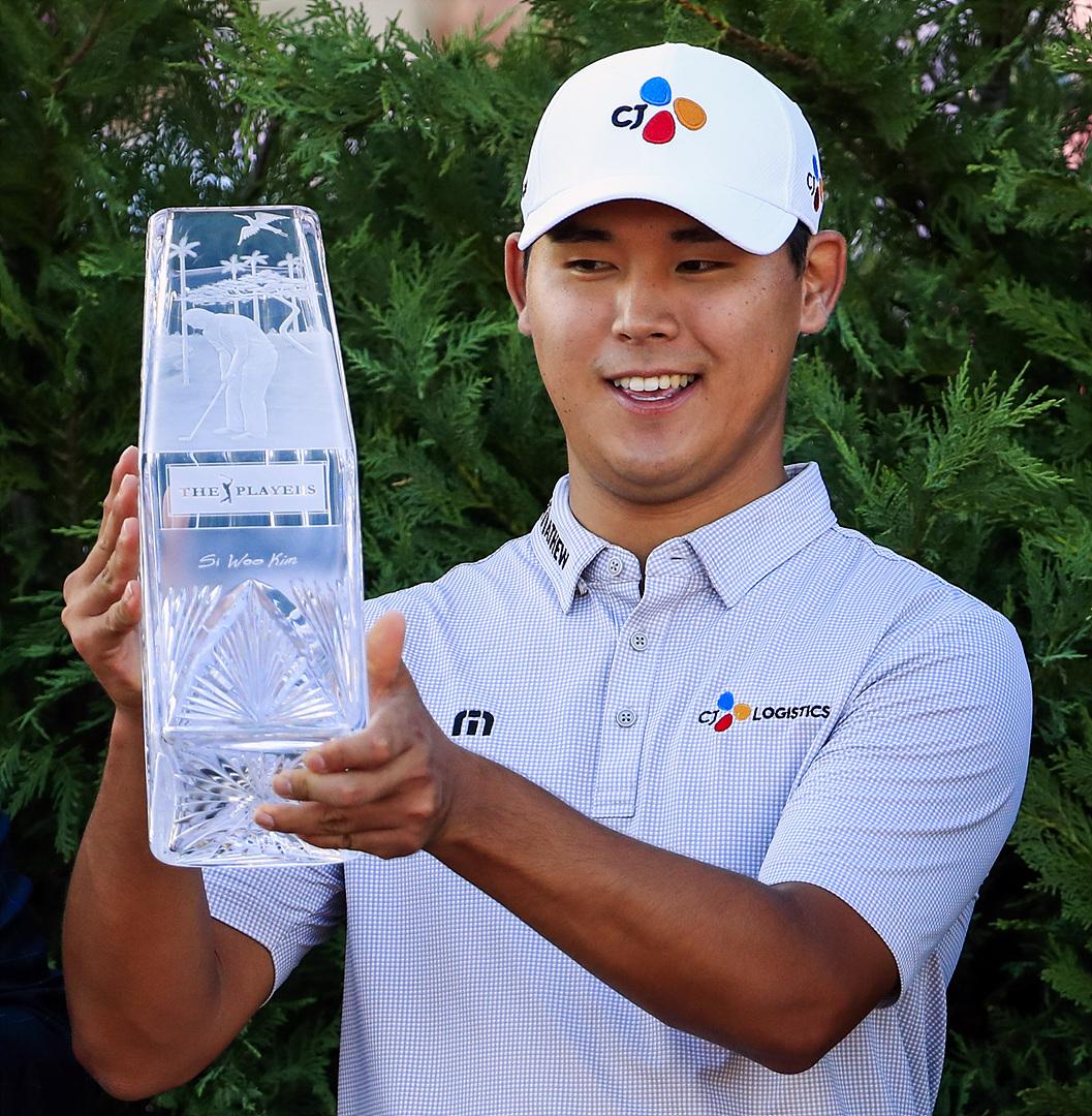 <커버 스토리> 김시우, 최연소 제 5 메이저 대회 레이어스챔피언스서 우승